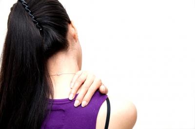 Lockerungsübungen gegen Schulterschmerzen